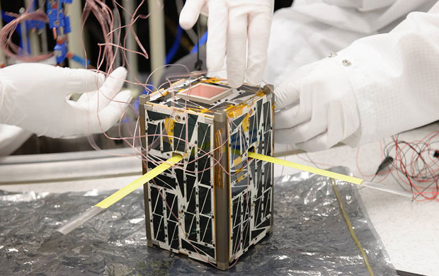 cubesat miniature satellite