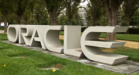 oracle faces difficult transition as last big enterprise software company to move to cloud