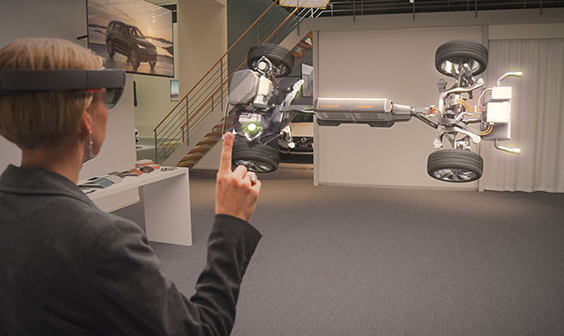 microsoft-hololens-volvo-cars-augmented-reality-showrooms