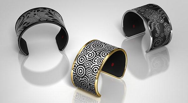 tago-arc-e-ink-bracelet-l!ber8