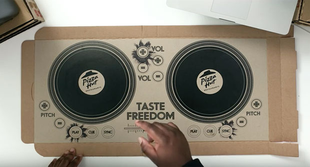 pizza-hut-dj-turntables