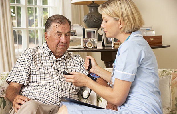 seniors-home-health-monitoring