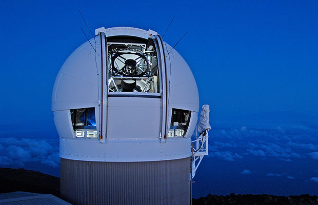 panoramic-survey-telescope-rapid-response-system-maui-hawaii-nasa-near-earth-object-tracking