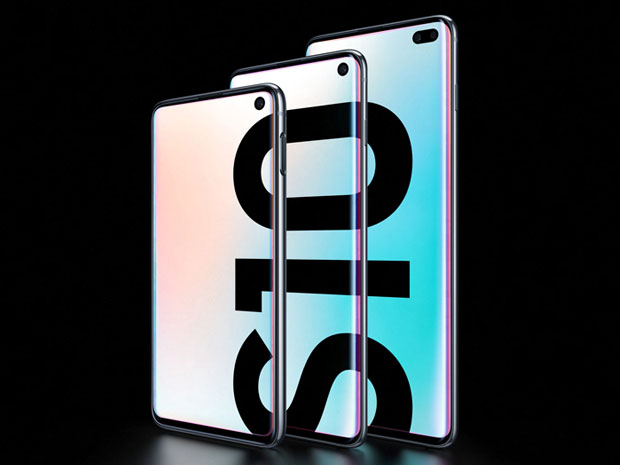 Samsung Unveils New S10s, Pushes Envelope With Fold